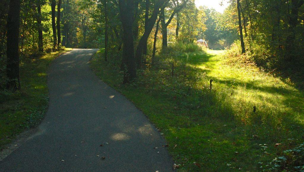 bike/hike path bunker park