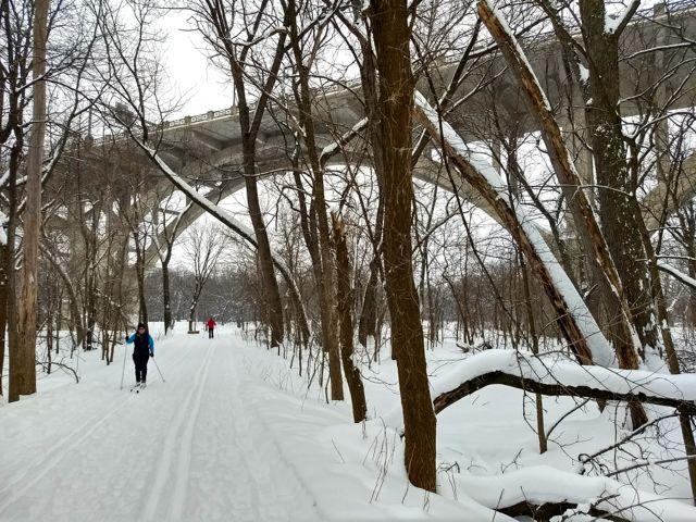 cross country skiing in fort snelling state park, mendota bridge