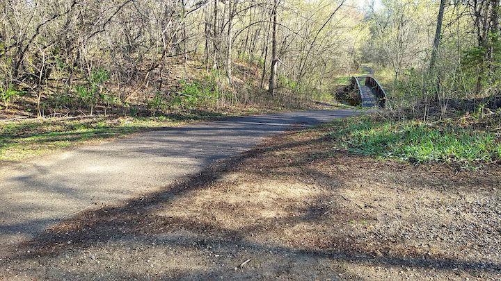 bike trail locke county park