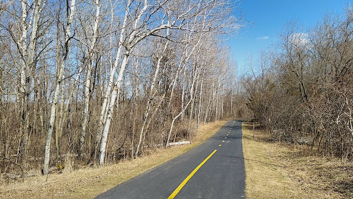 paved trail lake rebecca park reserve