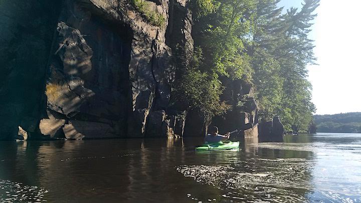 kayaker on st croix river