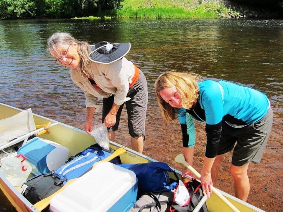 nsstc members on a canoe trip