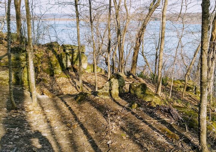 schaar's bluff hiking trails